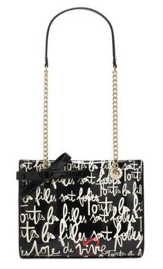 This kate spade purse is just adorable! A great find for summer