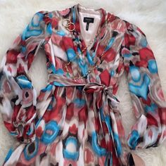 3/4/16 HOST PICKLaundry by Shelli Segal Dress Fashion Faves Host Pick Long sleeve, faux wrap dress with side tie and side zipper. Chiffon overlay and long, sheer chiffon sleeves. Gorgeous abstract pattern. *Worn once, in excellent, like new condition  Laundry by Shelli Segal Dresses