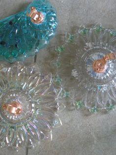 Dust Bath: Birdbath, Blooms and Junk.bell hanger used on back My Flower, Flower Art, Art Flowers, Glass Garden Art, Glass Art, Glass Flowers, Yard Art, Art Decor, Crochet Earrings