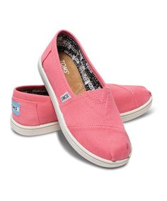 TOMS are on sale at #zulily today! Wahoo!