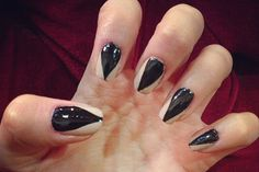 Art Designs Ghastly Gorgeous Halloween Nail 13 Gorgeous and Ghastly Halloween Nail Art Designs 13 Gorgeous and Ghastly Halloween Nail Art Designs 782219029015042336 Co Washing, So Nails, Pretty Nails, Hair And Nails, Nail Designs 2014, Cool Nail Designs, Halloween Nail Designs, Halloween Nail Art, Halloween Halloween