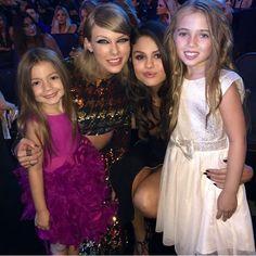Taylor and Selena with fans at the 2015 VMAs!