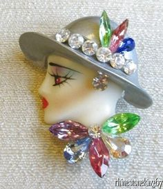 Vintage Brooch Celluloid Woman Vintage Brooches, Vintage Jewelry, Flower Hats, Plastic Jewelry, Head Pins, Hats For Women, Brooch Pin, Jewerly, Naked