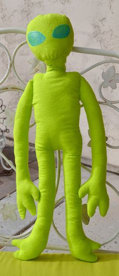 Alien Plush (with glow in the dark eyes and bendable arms/leg)