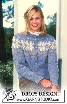 """DROPS nordisk jakke i """"Angora-Tweed"""" med stjernemønster i """"Silke-Tweed"""" og """"Pelliza"""". Patentstrikket skjerf i """"Angora-Tweed"""" ~ DROPS Design"""