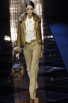 Valentino Fall 2005 Ready-to-Wear Collection Photos - Vogue