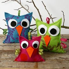 Felt Owls with a Print - Creative ideas Felt Crafts, Diy And Crafts, Crafts For Kids, Arts And Crafts, Fleece Projects, Sewing Projects, Art Vampire, Vampire Knight, Japan Crafts