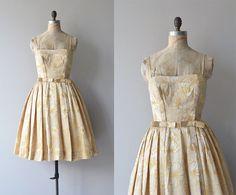 spring in prilly dress 1950s