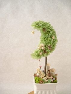 Love this for baby shower decor......with a bit of color and creative styling this could be perfection....