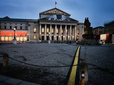 The Opera by sneuweger [photowalkingmunich.de] via Flickr
