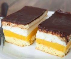 Prajitura Lambada are un gust absolut divin. Romanian Desserts, Different Cakes, Beautiful Desserts, Cake Bars, Food Cakes, Cookie Recipes, Sweet Treats, Good Food, Food And Drink