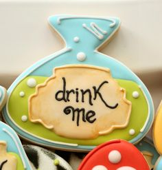 Potion Bottle cookie from Alice in Wonderland cookies collection by Sweet Sugarbelle