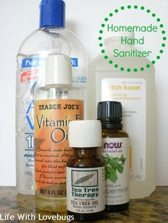 Homemade hand sanitizer - keep your hands clean!Make your own hand sanitizer with 4 super simple ingredients. Easy and cheap! Would substitute the alcohol with Thieves Essential oil.How to Make Gel Alcohol Hand Ways Vitamin E, Natural Hand Sanitizer, Home Made Hand Sanitizer, Best Hand Sanitizer, Rubbing Alcohol, Belleza Natural, Homemaking, Opi, Frugal