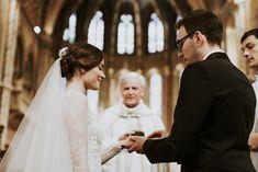Vanda & Edmond - Rusztikusan elegáns esküvő a Budai Várnegyedben Real Weddings, Wedding Ceremony, Couples, Wedding Dresses, Fashion, Bride Dresses, Moda, Bridal Gowns, Fashion Styles