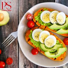 4 Recipes That Will Make You Love Breakfast Again: For those of you who avoid the first meal of the day, these delicious recipes may change your mind. Entree Recipes, Diet Recipes, Healthy Recipes, Delicious Recipes, Sweet Potato Toast, Tofu, Breakfast Recipes, Feta, Healthy Living