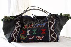 Ana & Cuca: Me gusta reciclar las telas antiguas.