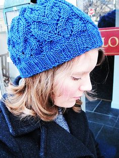 Free Knitting Pattern - Hats: Heart Vines Beret