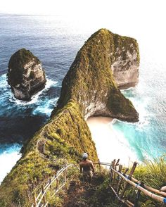 Follow @nature for more. Nusa Penida, Indonesia Photo by: @philngyn #nature