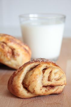 Korvapuusti / pulla recipe! Finnish cinnamon rolls, delicious!