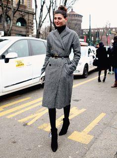 giovana-bataglia-look-com-casaco-acinturado-cinza-e-turtleneck.jpg (600×807)