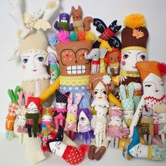 #tbt Old Supercursi family picture! I'm so glad they all found loving homes! #ragdolls #handmadedoll #supercursi #clothdollcollection #dollcollection #dollmakers #dollmakersofinstagram #dollartist #miniaturedoll #plushies #plushartist