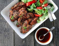 Klar for en ny kyllingfavoritt? Her får nemlig saftige kyllingbryst selskap av en smaksrik soyasaus og nøtteaktige sesamfrø, og sammen med sprø, wokede grønnsaker blir det en kjempegod kombinasjon!…