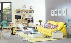 Tok&Stok Estar Ouse no contraste de cores vibrantes para criar uma sala  de estar divertida e bem-humorada.