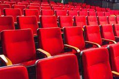 Dia recheado de novidades!  De portas abertas para a cidade o MIS - Cine Santa Tereza consagra um novo tempo para o cinema em Belo Horizonte em que múltiplas possibilidades se abrem e se nutrem a partir dos diversos encontros proporcionados por ele. A Prefeitura de Belo Horizonte reabre um equipamento da Fundação Municipal de Cultura dedicado à cultura cinematográfica na capital mineira. A abertura ao público esta marcada para HOJE a partir das 18h com uma programação especial que envolve…