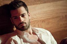 Greek Men, Singers, Smooth, Handsome, Mens Fashion, Nice, Celebrities, Boys, Sexy