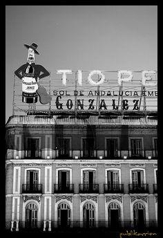 Tio Pepe sign in La Puerta del Sol