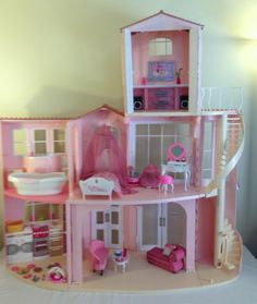2006 Mattel Barbie 3 Story Dream Doll House w Kitchen Bathroom Laundry Sounds | for the Hips I think I want this house....