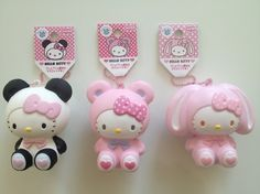 Omg i want this. Hello Kitty Accessories, Hello Kitty Items, Sanrio Hello Kitty, Ibloom Squishies, Biscuit, Cute Squishies, Hello Kitty Collection, Anime Dolls, Sanrio Characters