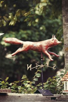 I would absolutely love to have a darling fox weather vane like this someday. A fox on top of the hen house lol!