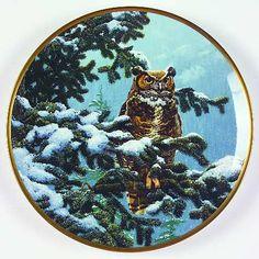 Hamilton CollectionNoble Owls of America: Winter Vigil - Made by Spode - Artist: John Seerey-Lester