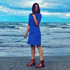 Vivrei immersa nel blu delle onde, dal profumo del mare, dal dolce rumore che ti avvolge e ti dona solo pensieri positivi. Buona notte a tutti - - - - #mare #beach #blue #mare🌊 #senigalliabeach #senigallia2016 #senigalliatourism @senigalliatourism @sandroferroneofficial #sandroferrone #model #mamma #moda #mammablogger #fashion #fashionblogger #blogger #blog #life #love #outfit #goodnight #beauty #pensiero #marche