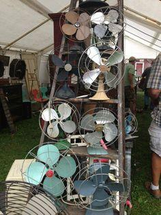 Vintage fan a lapalooza