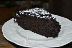 Chocolate Cake - Black Beans, GF; Make it SF with stevia & dates