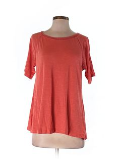 Check it out—Old Navy Short Sleeve T-Shirt for $7.99 at thredUP!