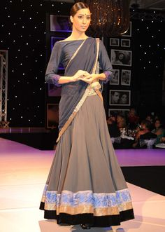simple suit from manish malholtra designer