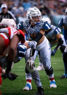 Ladies Football League, Female Football Player, American Football League, Women's Football, Football Girls, Football Players, Athletic Models, Athletic Women, Lfl Players