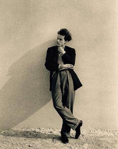 neo-catharsis:  Glenn Gould  by Jock Carroll, 1956