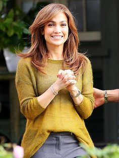 Star Tracks: Monday, November 25, 2013 | GIRL NEXT DOOR | Jennifer Lopez keeps it casual while filming The Boy Next Door Saturday in Los Angeles.