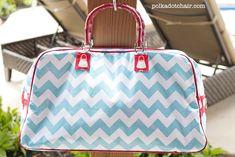 Retro Travel Bag: A tutorial - The Polkadot ChairThe Polka Dot Chair