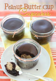 Peanut Butter Cup Cupcakes in a Jar