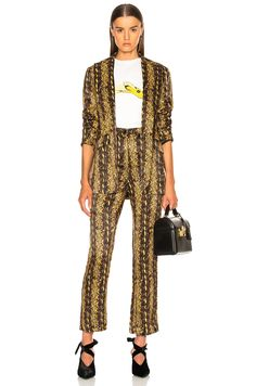 Image 5 of ALEXACHUNG Slim Tailored Jacket in Gold