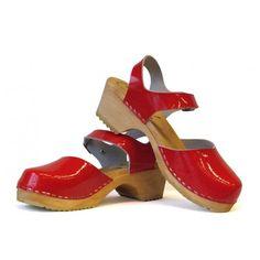 Skane Toffeln Red Laquer Sandals with standard sole df21e8da55370