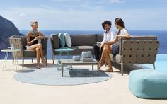 Designer & luxury furniture including lighting and accessories from italian contemporary furniture manufacturers selected for professional interior designers. Modul Sofa, Sectional Furniture, Outdoor Furniture Sets, Outdoor Decor, Wicker Furniture, Outdoor Ideas, Lounge, Line Design, Contemporary Furniture
