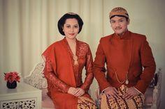 Prewedding Javanese  Busana beskap & kebaya by Busonoasri