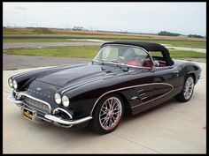 1961 Chevrolet Corvette  420 HP, 6-Speed