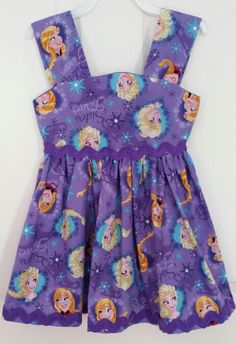 Dress by Julia's Bowtique facebook page Apron, Summer Dresses, Facebook, Sewing, Fashion, Dressmaking, Moda, Summer Sundresses, Couture